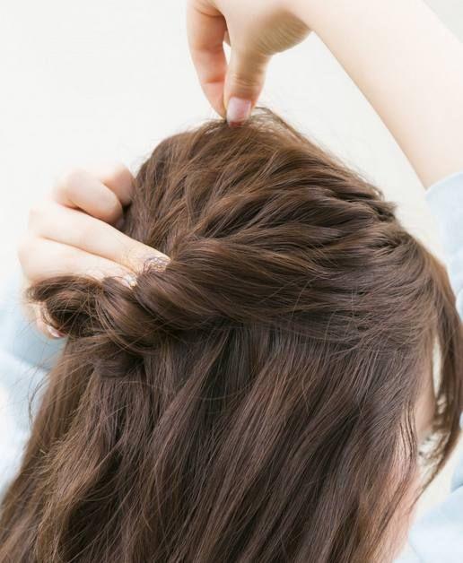 大家闺秀发型扎法图解 还是半扎发