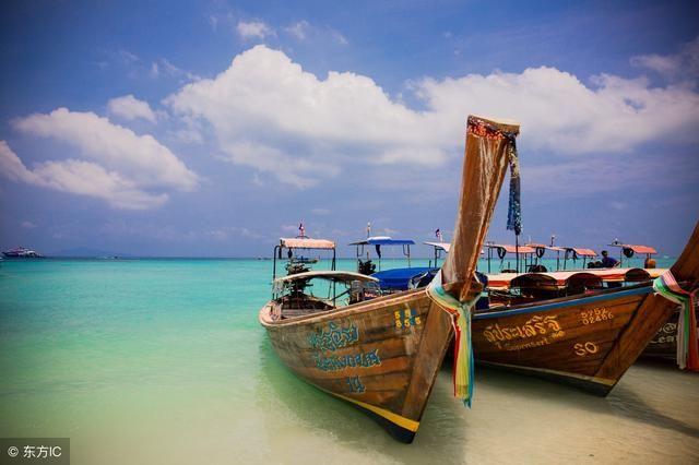 旅游 正文  但在普吉岛翻船事故后的不久,负面情绪正在发酵扩大.