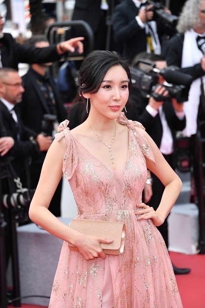 第72届韩国电影节,现身红毯.中国网红电影开幕.2018戛纳三级天狼集体伦理图片