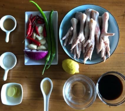红柠檬酸鸡脚的做法,酸甜爽口,开胃不羁,鸡脚不难