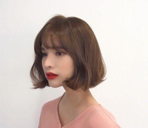 2018女生短发烫发流行款图片 短发怎么烫年轻图片