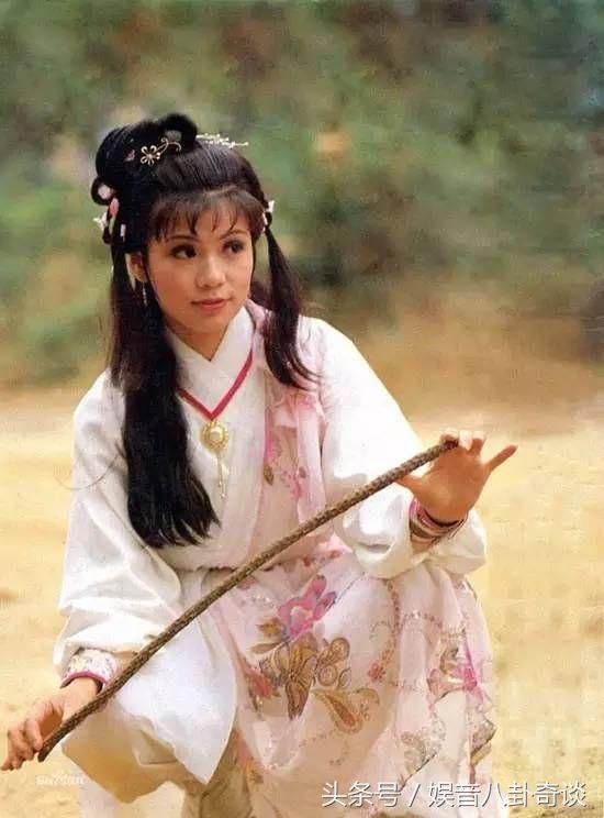 雪白黄蓉_83版《射雕英雄传》翁美玲如何得来黄蓉的角色?全凭这