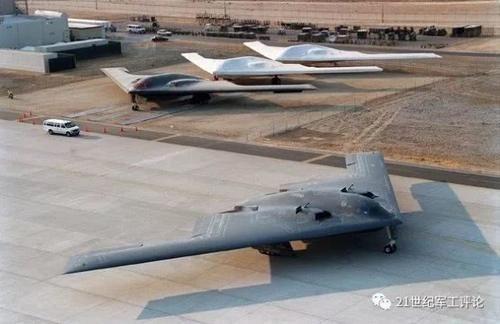 """B-2""""幽灵""""第一次飞行30周年,还有什么其他鲜为人知的记录?航班美国空军"""