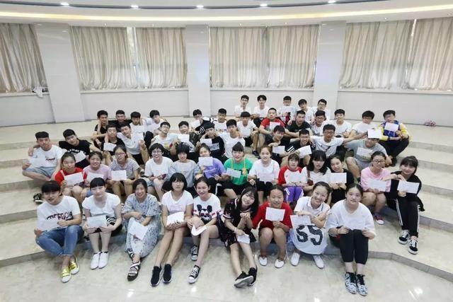 保定东方重点种子2018年中考学校,高中双语上大捷新竹台湾高中生图片