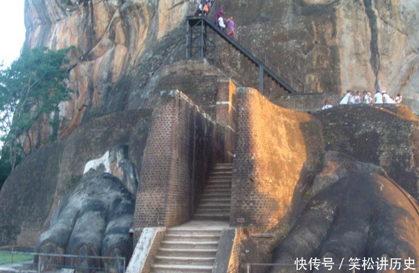 古城狮子岩, 在180米高巨石上的奇迹, 千年以后被丹劫公子发现