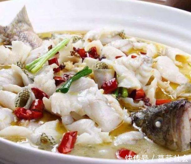"""要做腌鱼,""""这一步""""不能少,鱼是新鲜嫩的,鱼汤也适合鱼头鱼"""