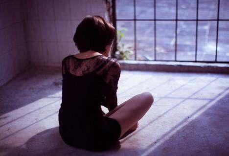 北漂剩女自述: 最苦不是地下室的拥挤, 失眠也能听到隔壁的幸福