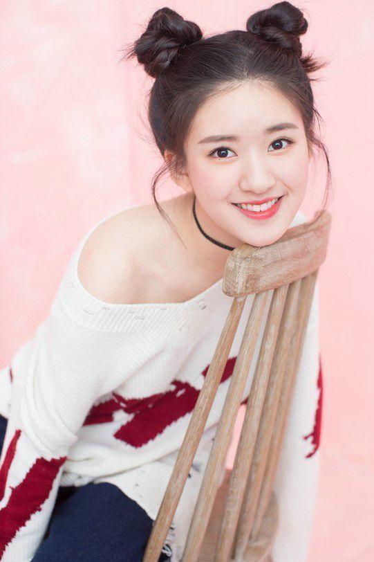 圆脸明星刘海发型图片女