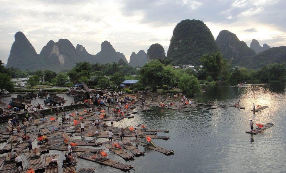 广西最牛小学,年接待景区超8000万,旅游总收三民游客图片