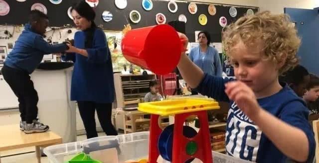 加拿大住家保姆移民培训:加拿大教育重金打造免费学前班