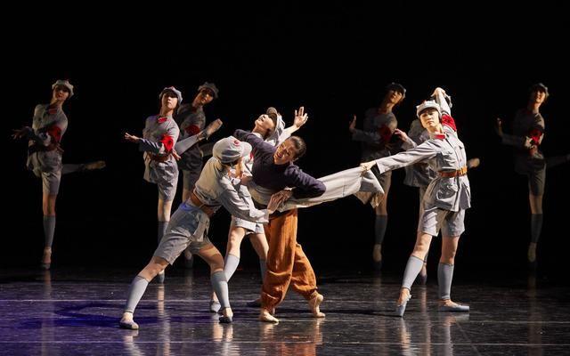 北京舞蹈學院原創舞蹈詩《那些故事》首演