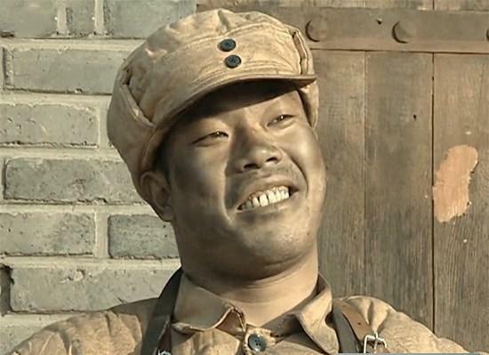 《亮剑》此人明明姓李, 李云龙为何称呼他为老张 此举大有深意!