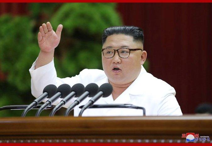 金正恩作7小时报告:朝鲜决定再次开展艰苦长久斗争