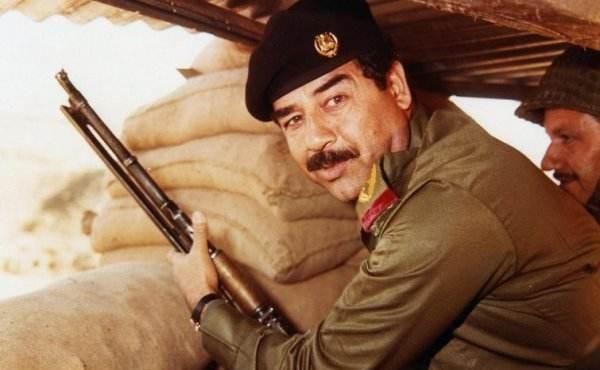"""最贵的手枪198.5英镑,来自中国,曾是""""明星""""皇帝把玩的物件"""