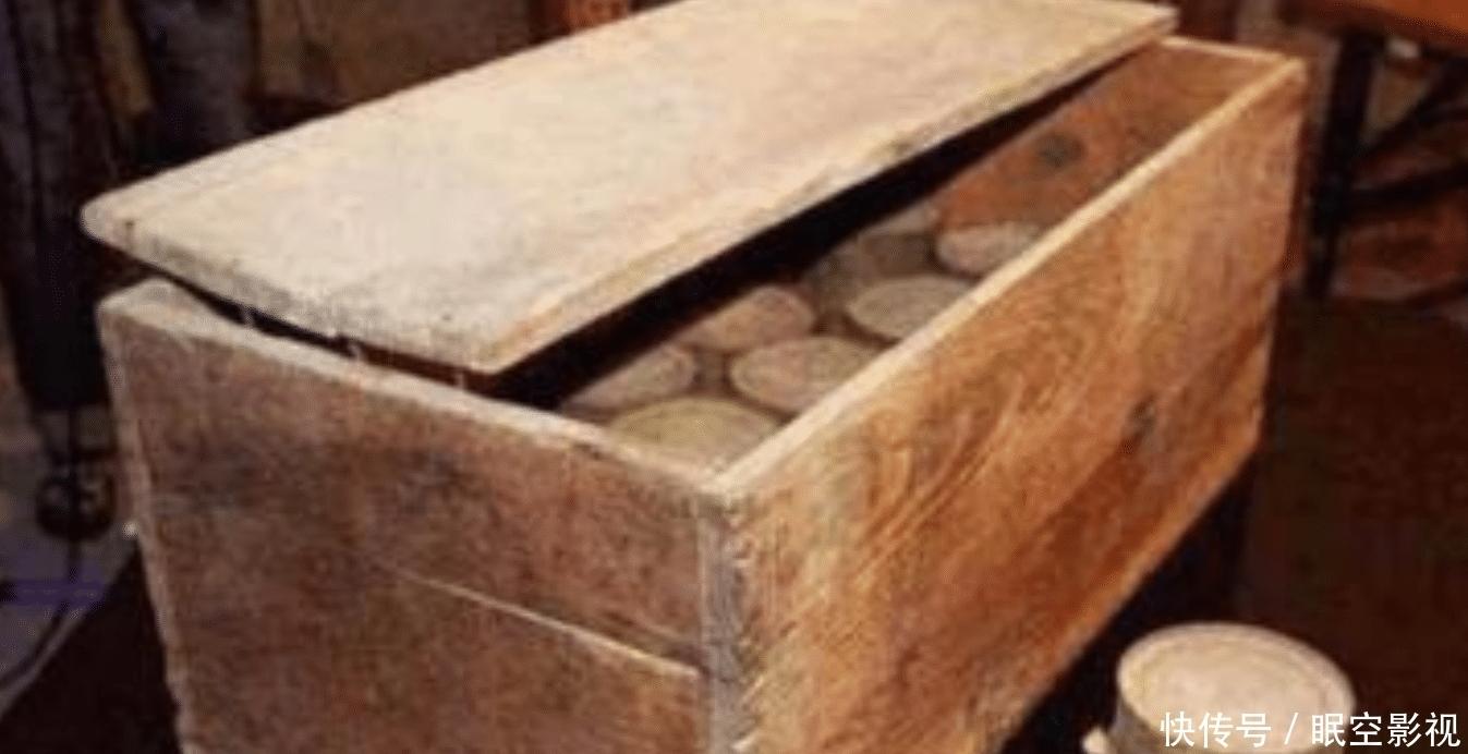 「木箱」河北村民曾挖出日军遗留木箱,打开看后不禁动容,里面是什么