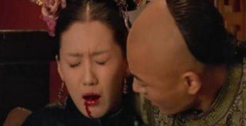 甄嬛传:孟静娴中毒时,你看浣碧偷偷干啥了?难怪允礼会厌恶她!