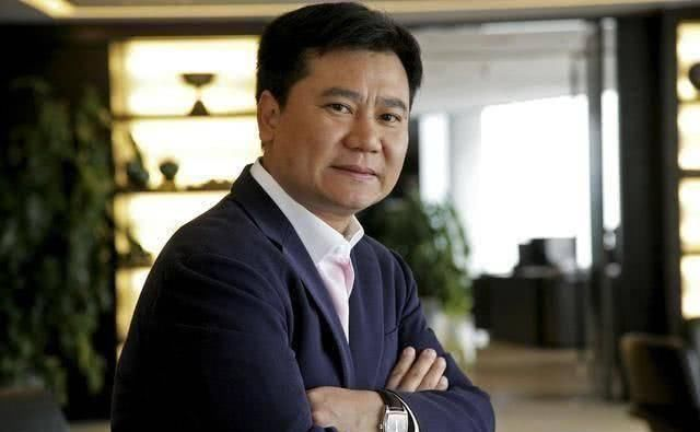 """【儿子】退伍军人成中国首富,拿5个亿给儿子""""玩"""","""
