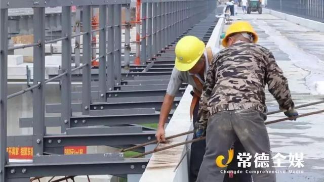 重庆黔江-常德-张家界高铁桃源站房正在建设中,一起去看看~