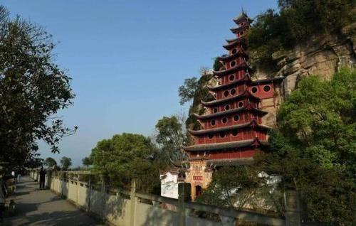 重庆被忽略的景点,世界八大奇异建筑之一,历史价值高却无人问津
