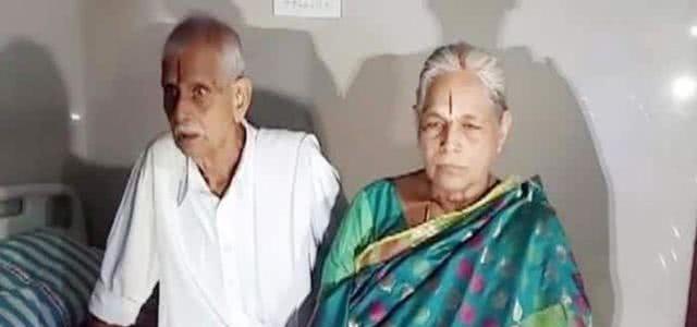 74岁老太生双胞胎女儿 第2天丈夫就中风了