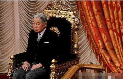 日本的天皇1年能领多少工资?看到其待遇,让人大吃一惊!