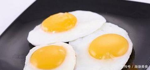 """鸡蛋虽营养高,却与5种食物是""""敌人"""",没营养还会影响身体健康"""
