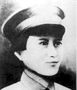 当中■她是红军当中唯一一个女司令,敌人悬赏10万大洋要她人头!