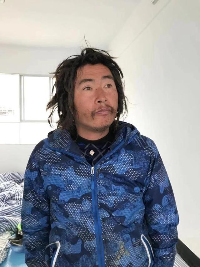 金沙平台救助站:35岁男子被救助,穿蓝色衣服、灰色裤子,沟通困难