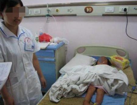 """8岁女孩患""""肾癌""""去世,医生告知真相,全家吓瘫在地"""