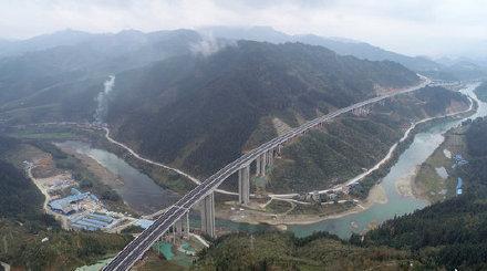 荔榕高速今日零时正式通车