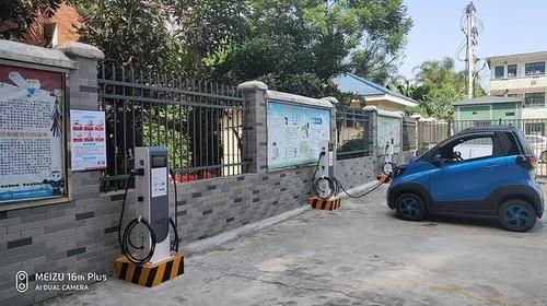 为什么电动汽车充电桩接口非得标准化?标准化的重点在哪?