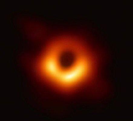 【炸面包】世界第一张黑洞照片,已被网友们玩儿坏了!