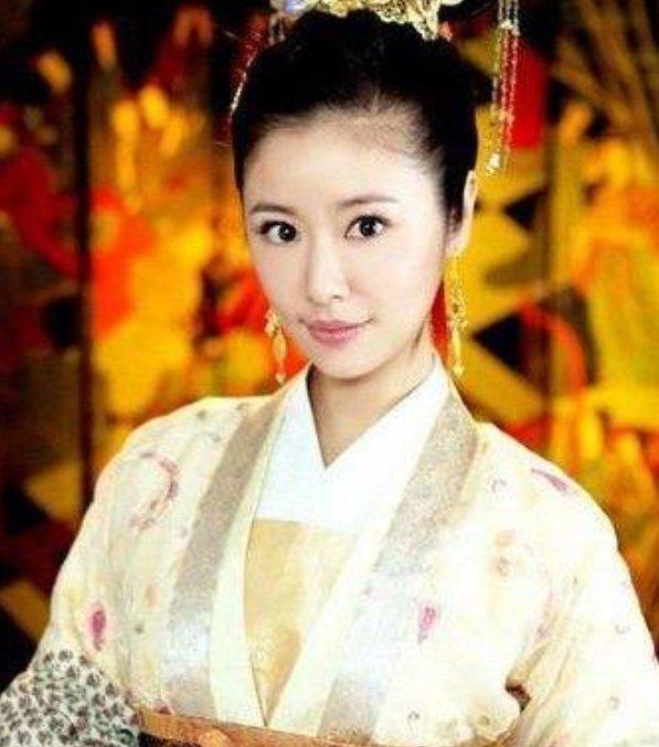 最美宫廷剧女明星:王珞丹垫底