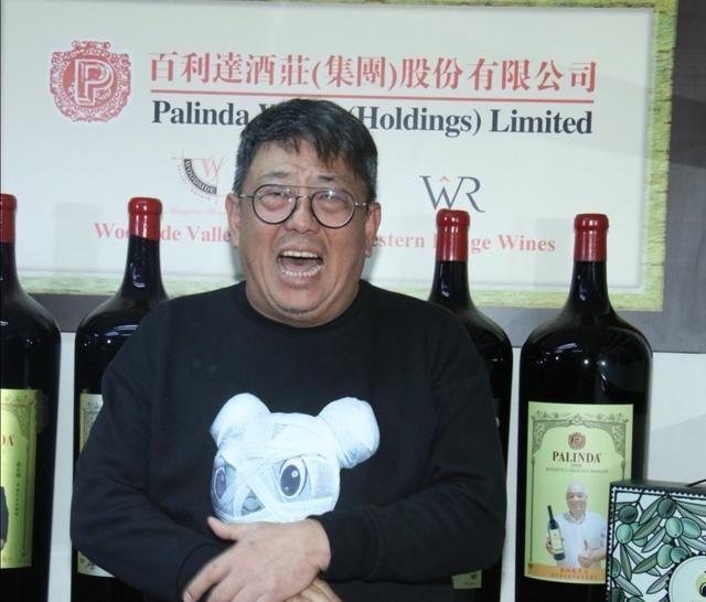 香港演员谈北上拍戏感受:在内地被叫老师,香港拍戏没吃饭无人知