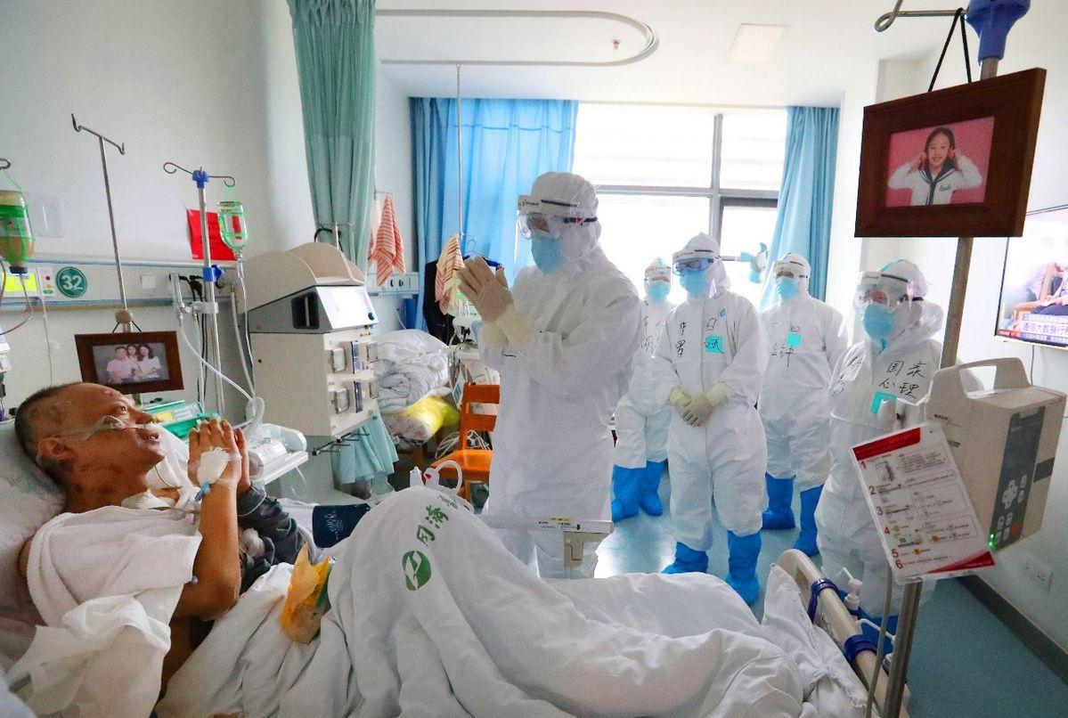 武汉受新冠感染的两位医生脱离生命危险