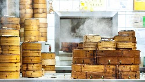 【特写】香港茶楼不好做,广东的蒸笼小镇着急了