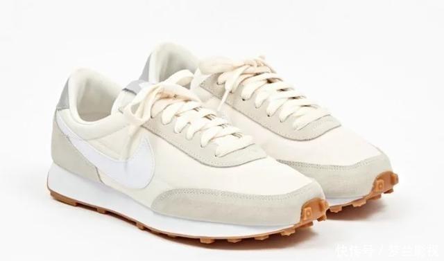 奶油:快把你烂大街的小白鞋扔了,仙女气质的奶油鞋不香吗?