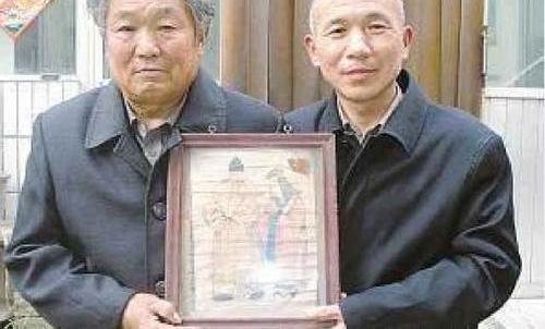 【发现】河南发现朱元璋真人画像,老人自称祖传了600年,今自愿上交国家