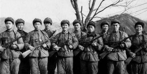 #志愿军#抗美援朝时期,志愿军缺粮后挨冻受饿,却为何没从敌人身上缴获