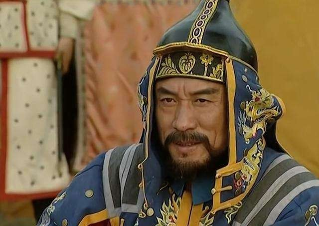 『皇帝』年羹尧治军多残酷?皇帝连下三遍圣旨让士兵休息,却无一人敢动