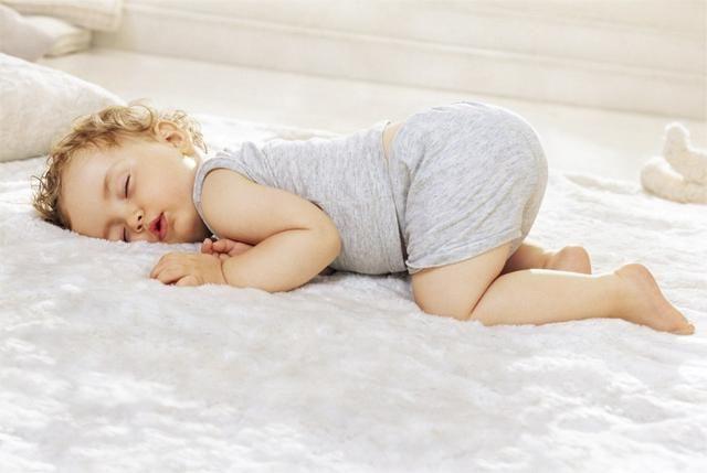 宝宝这5种表现是身体缺锌了 小心影响智力发育 妈妈们别不在意