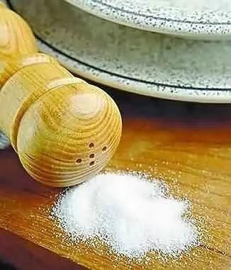 <b>【厨房小窍门】烹饪妙招让你远离食盐</b>