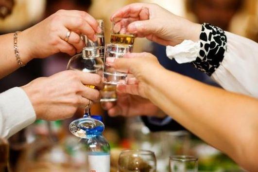 白 酒 遇到死敌了,原来这种水果能快速解酒,应酬喝酒必备指南