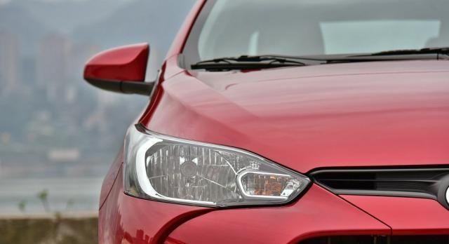 6.88万就能入手的丰田家轿,原装进口引擎,油耗6个,还看啥捷达