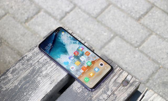 良心@双模5G手机跌至1348元,4500mAh+120Hz屏幕,网友:雷军良心了