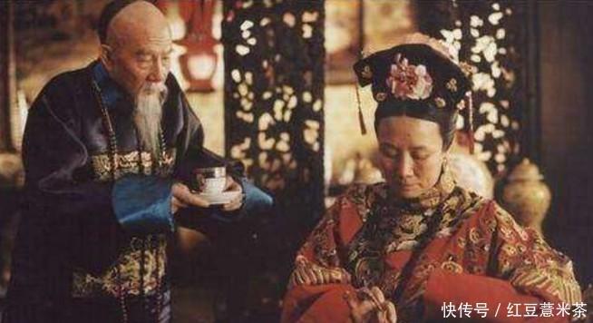 <b>李鸿章在日本遇刺,为清朝省了1亿两,慈禧却只说了7个字</b>