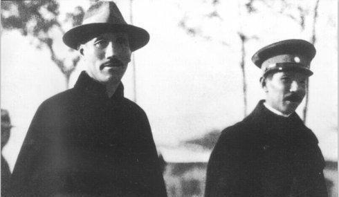 「西安事变」何应钦不顾蒋介石安危,轰炸西安,为何蒋介石没找何应钦算后账?