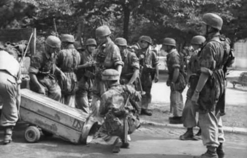 罗马:1943年,德国伞兵突袭意大利罗马,意军为何放弃抵抗?