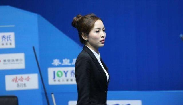 曾靠颜值一夜走红,身材美貌不输潘晓婷,26岁却依然单身