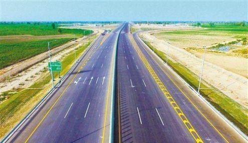 「中巴经济走」巴基斯坦PKM高速公路落成